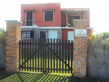 Casa 5 Ambientes, Dos Baños, Parrillero Y Horno A Leña.