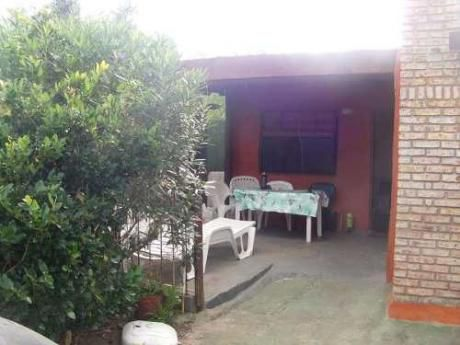 Casa Piriápolis  Frente A La Playa (7 Personas)