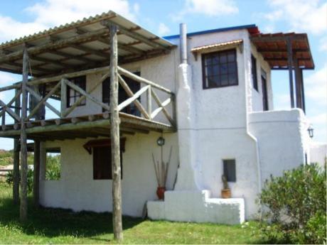 Casa En Arachania Con Vista Al Mar