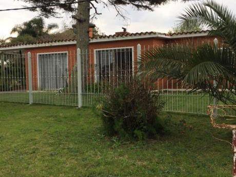 Casa A 30 M. De Playa, Muy Buena Bajada Con Escalera.