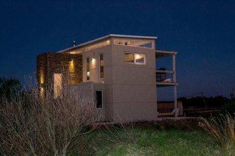 Casa Frente Al Mar A 10 Minutos De La Barra, Punta Del Este