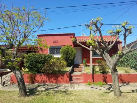 Alquiler De Casa En Balneario La Floresta Por Temporada.