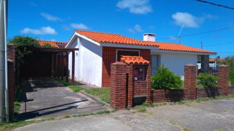 Casa De 3 Dormitorios En El Centro De La Paloma