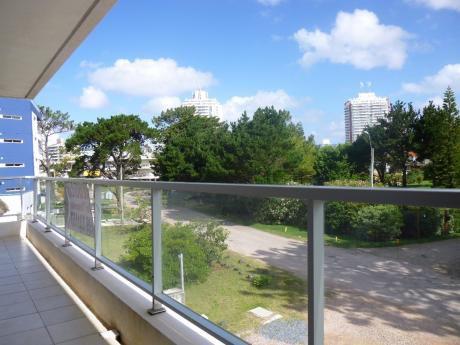 Apartamento En Punta Del Este Aidy Grill Edificio Luna Azul