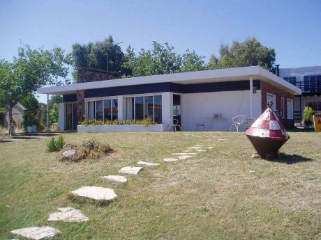 Hermosa Casa A 20 Mts Del Mar En La Tuna