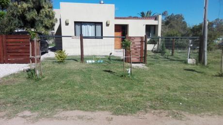 Alquilo Casa Para Veranar - Playa Grande - Piriapolis