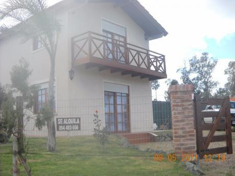 Casa 2 Dormitorios Y 2 Baños 150 Metros De La Playa, Cercado
