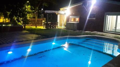 Alquilo Casa En Punta Del Este  Piscina Climatiz Y Spa