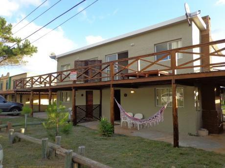 Alquiler En Punta Del Diablo (2 Casas Para 7 Personas C/u)