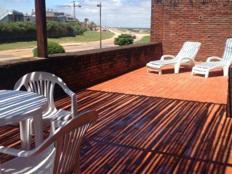 Apto Con Amplia Terraza Vista Al Mar. A Metros De La Playa!