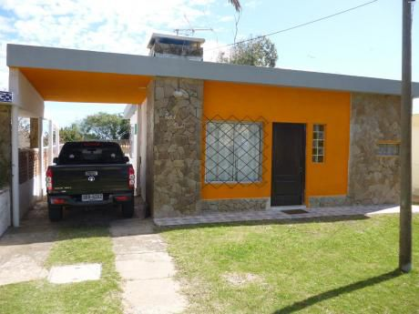 Casa Con Apart En Punta Fría