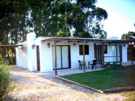 Alquiler Piriapolis - Playa Hermosa  2 Dormitorios Fondo