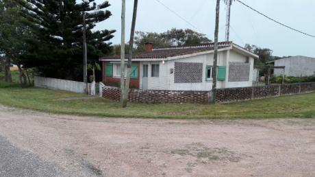 Casa En Balneario La Coronilla