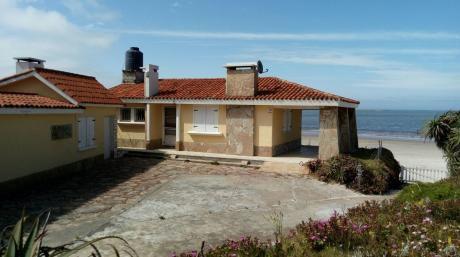 Alquilo Casa Frente Al Mar En Balneario La Tuna