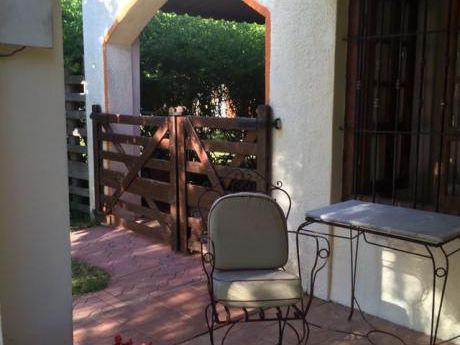 Alquilo Casa En Costa Azul/ Canelones