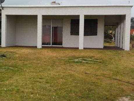 Frente A Playa, Casa Para 6 Personas, Parrillero Techado