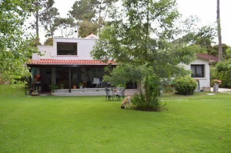 Excelente Casa - P 14 Playa Mansa - Pde- Piscina - Alquila Solo En Verano
