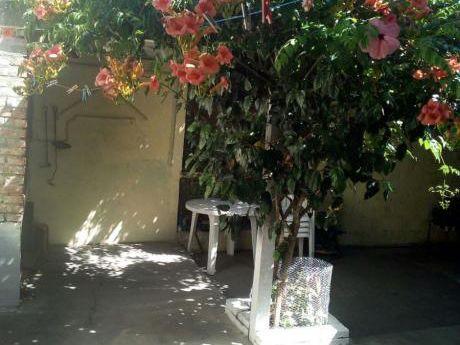Alquilo Casa En Costa Azul A2cuadras De Laplaya.Còmoda