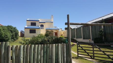 Casa Sobre La Playa De La Balconada