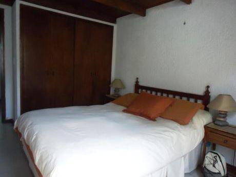 Casa En Alquiler 3 Dormitorios