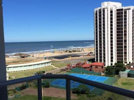 Playa Brava, 1 Dormitorio Y Servicios
