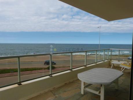 Playa Brava, 4 Amplios Ambientes Frente Al Oceano