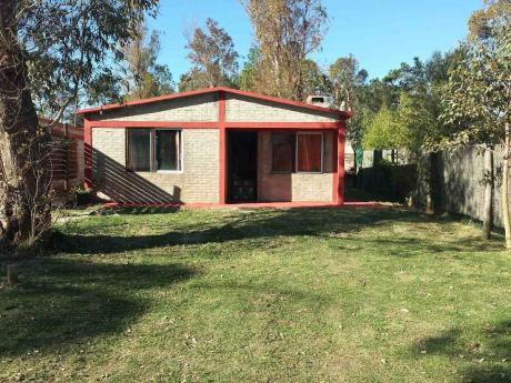 Punta Colorada Piriapolis, Dos Casas En Zona Verde Y Tranquila