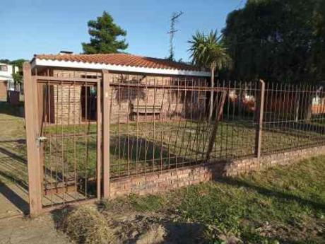 Muy Linda Casa En Bello Horizonte Para Alquiler