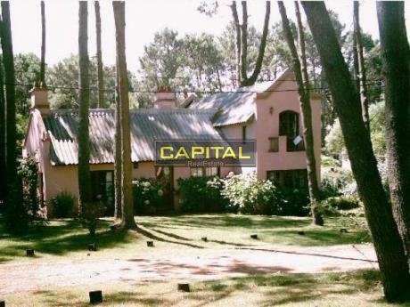 Casa De 3 Dormitorios Rincón Del Indio - Punta Del Este
