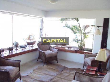 Excelente Apartamento De 3 Dormitorios En Playa Brava!