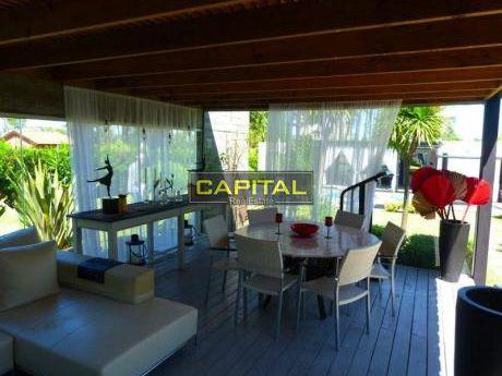 Moderna Casa Playa Mansa  - Punta Del Este  - 5 Dorm.