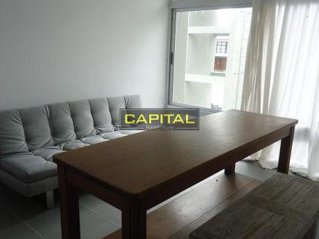 Apartamento De Un Dormitorio - Piscina - Manantiales
