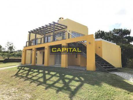 Casa Venta Manantiales, Punta Piedras