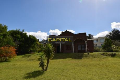 Casa 2 Dorm. Las Grutas, Punta. Ballena En Venta Y Alquiler