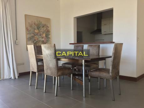 Apartamento En Manantiales - Parrillero Propio