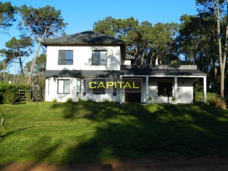 Casa Punta Del Este - Barrio Privado 5 Dormitorios