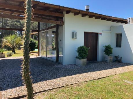 Rincón Del Indio - Excelente Casa Con Todas Las Comodidades