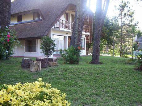 Cabaña En Pinares. Cálida Y Confortable En Plena Naturaleza.