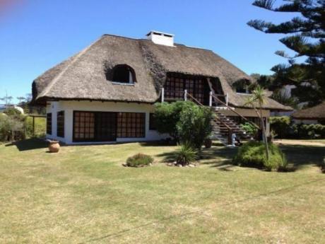 Casa Hermosa Benja (a 30 Mts Del Mar).