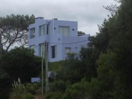 Casa Moderna Vista Al Mar Cerca Del Punta !
