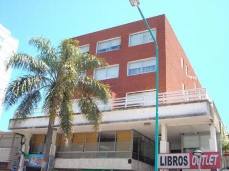 Edificio Isla De Lobos