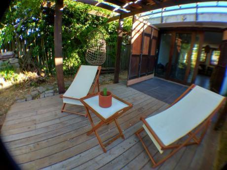 Linda Casa Tipo Loft Con Un Dormitorio En Manantiales. Recien Reciclada