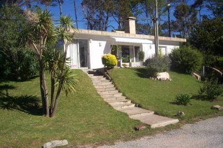 Hermosa Casa A 100 Mts Del Mar