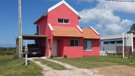 Casa A Estrenar En Punta Negra