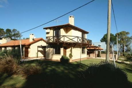 Casa Del Sol 3 , De Dos Pisos ,a 50 Metros Del Mar