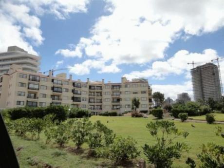 Edificio Antibes - Apto En Playa Brava Pda. 8