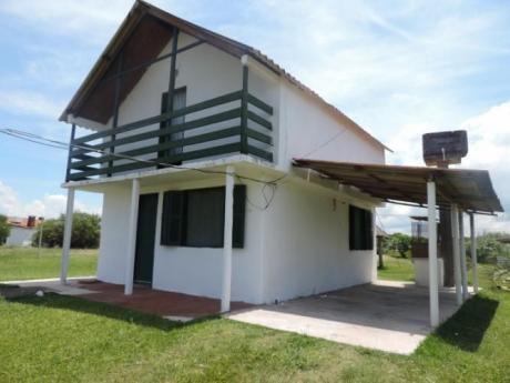 Cabaña 2 - Relax, Serenidad, Buena Onda.- 098918361