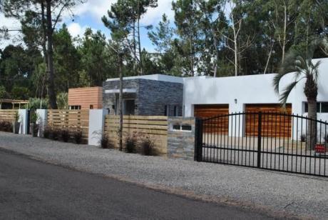 Oportunidad! Vendo Casa En Excelente Calidad En Punta Del Este!!