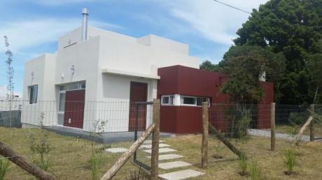 Casa Roja Piriápolis  Excelente Playa