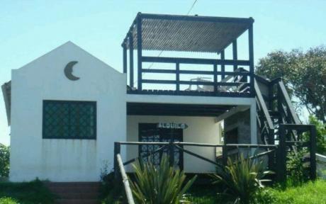 Luna Bonita Libre Con Aircon Sabanas Silla De Playa Sombrilla Wifi